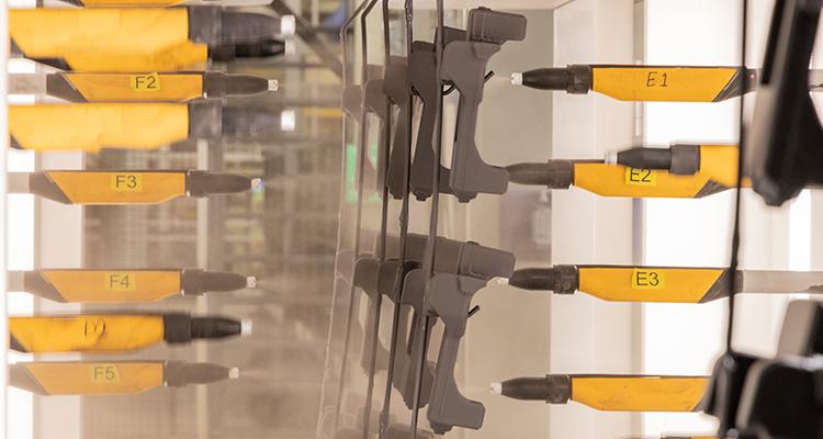 Elektrostatische Pulverbeschichtung fotografiert von Matthias Horber horber marketing